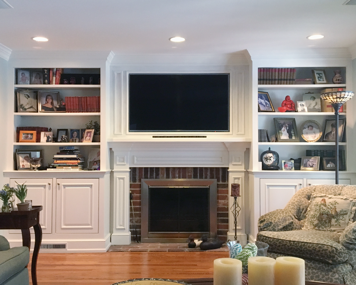 Fireplace/TV Bookshelf